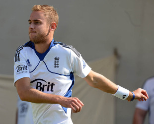 Stuart Broad warms up in a training session, Ahmedabad, November 13, 2012