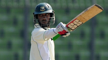 Naeem Islam gets to his fifty