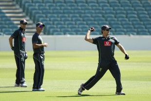 Shane Watson fielding at Australia's training session, Adelaide, November 19, 2012