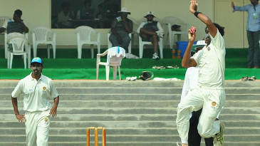 Kerala bowler Perumparambath Anthaf took four wickets