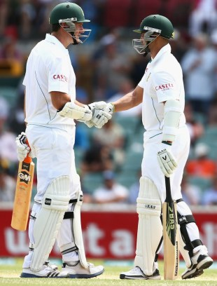 Graeme Smith and Alviro Petersen gave South Africa a solid start