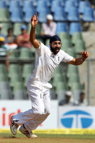 Monty Panesar returned in style, taking four wickets