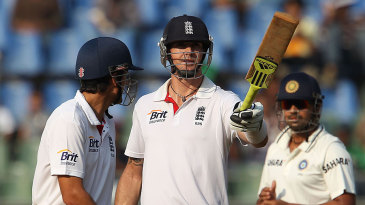Kevin Pietersen reached his first fifty of the series