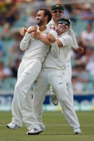 Nathan Lyon celebrates Hashim Amla's wicket, Australia v South Africa, 2nd Test, Adelaide, 4th day, November 25, 2012