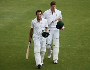 Faf du Plessis and Morne Morkel walk off after saving the Test, Australia v South Africa, 2nd Test, Adelaide, 5th day, November 26, 2012