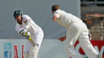 Rory Kleinveldt is bowled by a Peter Siddle yorker