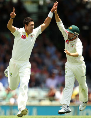 Mitchell Starc struck twice just prior to lunch, Australia v South Africa, 3rd Test, Perth, 1st day, November 30, 2012