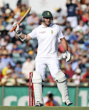 Graeme Smith celebrates his half-century, Australia v South Africa, 3rd Test, 2nd day, Perth, December 1, 2012