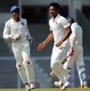 Laxmi Shukla picked up four wicket on the first day, Mumbai v Bengal, Group A, Ranji Trophy 2012-13, Mumbai, December 1, 2012