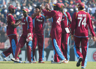 West Indies celebrate an early strike, Bangladesh v West Indies, 2nd ODI, Khulna, December 2, 2012