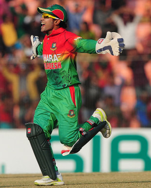 Mushfiqur Rahim scored 79 and took three catches, Bangladesh v West Indies, 2nd ODI, Khulna, December 2, 2012
