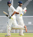 Hiken Shah and Abhishek Nayar put on 158 runs for the fourth wicket, Mumbai v Bengal, Ranji Trophy, Group A, Mumbai, 3rd day, December 3, 2012