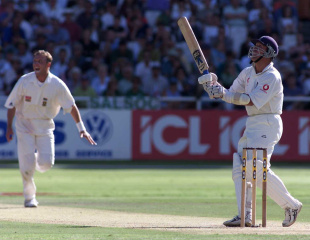 Alec Stewart unsuccessfully tries to hook Allan Donald, South Africa v England, 4th Test, Cape Town, 1st day, January 2, 2000