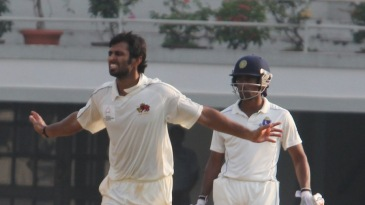 Abhishek Nayar celebrates his five-for