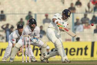 Gautam Gambhir goes over the top before lunch, India v England, 3rd Test, Kolkata, 1st day, December 5, 2012