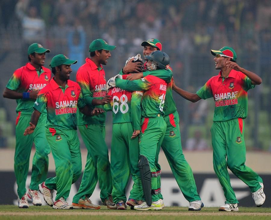 152442 - Bangladesh hold nerve to win series