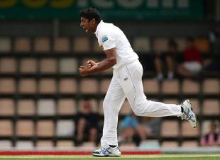 Chanaka Welegedara picked up important wickets on the first day, Australia v Sri Lanka, 1st Test, Hobart, 1st day, December 14, 2012