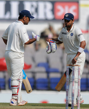 MS Dhoni and Virat Kohli batted through the third morning, India v England, 4th Test, Nagpur, 3rd day, December 15, 2012