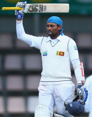 Tillakaratne Dilshan celebrates his hundred, Australia v Sri Lanka, 1st Test, Hobart, 3rd day, December 16, 2012