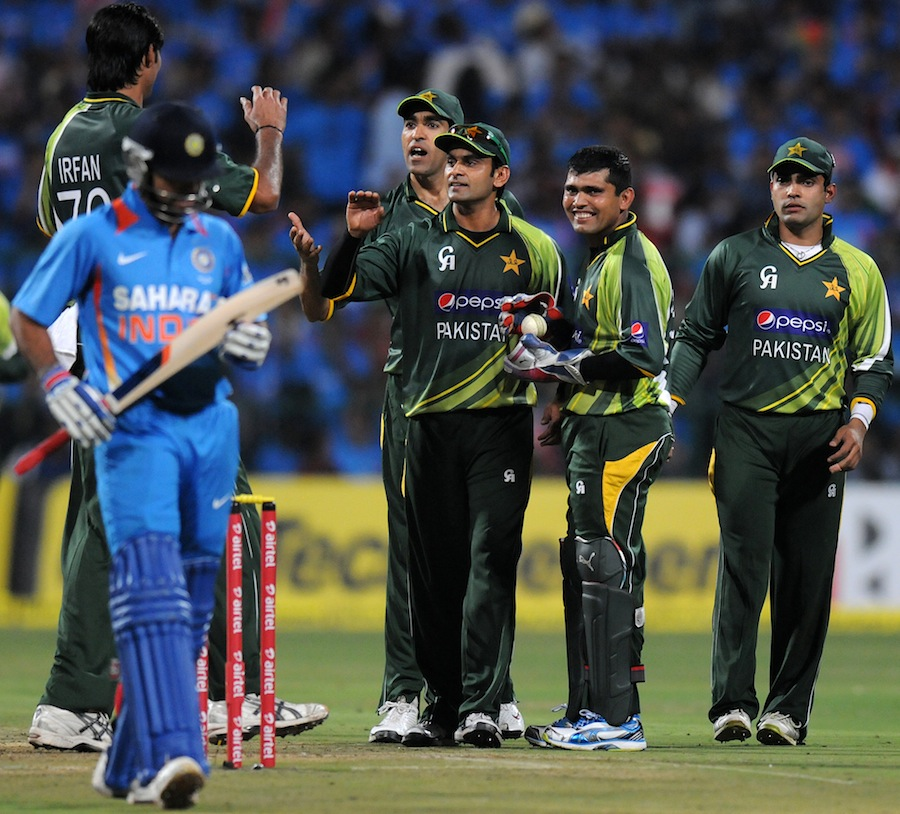 mohammad irfan picked up the key wicket of virat kohli