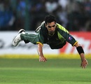 Umar Gul dives full length