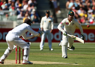 Phillip Hughes was run out for 10, Australia v Sri Lanka, 2nd Test, Melbourne, 1st day, December 26, 2012