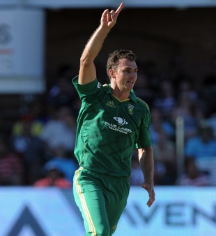 Ryan McLaren picked up three wickets, South Africa v New Zealand, 3rd T20, Port Elizabeth, December 26, 2012