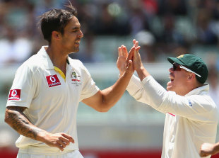 Mitchell Johnson took six wickets in the match, Australia v Sri Lanka, 2nd Test, Melbourne, 3rd day, December 28, 2012
