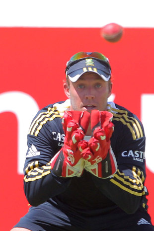AB de Villiers says he has adapted to his new role as wicketkeeper-batsman