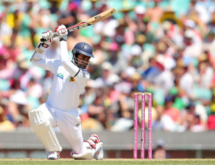 Lahiru Thirimanne drives during his innings of 91, Australia v Sri Lanka, 3rd Test, Sydney, 1st day, January 3, 2013