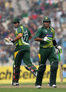 Jamshed, bowlers script series win