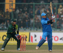 MS Dhoni tried to repair India's innings