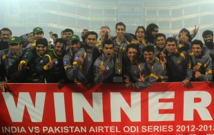 The Pakistan team with the trophy after winning the ODI series 2-1