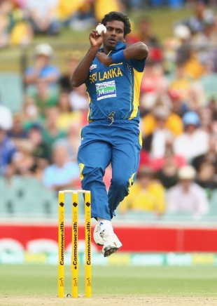 Angelo Mathews formed part of a tight Sri Lankan bowling unit at Adelaide Oval