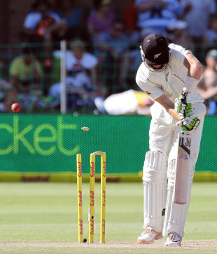 Martin Guptill was cleaned up by Rory Kleinveldt, South Africa v New Zealand, 2nd Test, Port Elizabeth, 3rd day, January 13, 2013