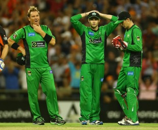 Shane Warne, Luke Wright and Peter Handscomb are disappointed after the defeat, Perth Scorchers v Melbourne Stars, BBL semi-final, Perth, January 16, 2013