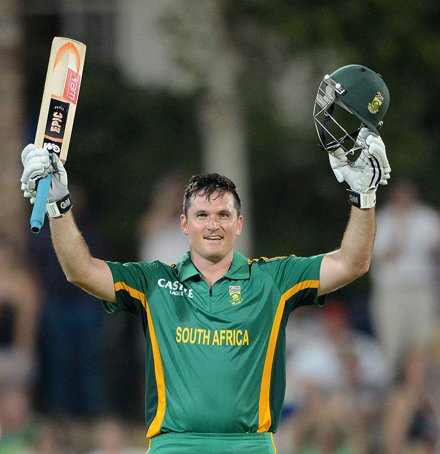 Graeme Smith made his tenth ODI hundred | Photo | South Africa v ...
