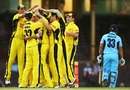 Western Australia celebrate the wicket of Shane Watson, New South Wales v Western Australia, Ryobi Cup, Sydney, January 30, 2013