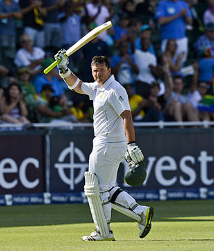 Graeme Smith scored a half-century in his 100th Test as captain, South Africa v Pakistan, 1st Test, Johannesburg, 2nd day, February 2, 2013