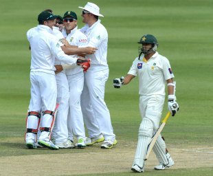 Azhar Ali was lbw to Jacques Kallis for 18, South Africa v Pakistan, 1st Test, Johannesburg, 3rd day, February 3, 2013