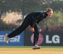 Lea Tahuhu took 4 for 27 in her ten overs, New Zealand v Sri Lanka, Women's World Cup 2013, Super Six, Mumbai, February 8, 2013