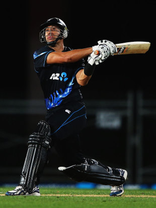 Ross Taylor's comeback ended disappointingly when he made 13, New Zealand v England, 1st T20, Auckland, February 9, 2013