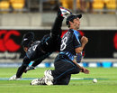 Brendon McCullum and Grant Elliott almost collided as a catch was missed, New Zealand v England, 3rd T20, Wellington, February 15, 2013