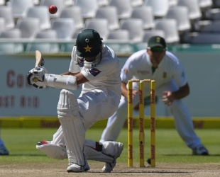 Azhar Ali avoids a short ball, South Africa v Pakistan, 2nd Test, Cape Town, 3rd day, February 16, 2013