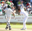 Dale Steyn gestures after dismissing Younis Khan