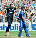 James Franklin had Ian Bell caught behind, New Zealand v England, 1st ODI, Hamilton, February 17, 2013