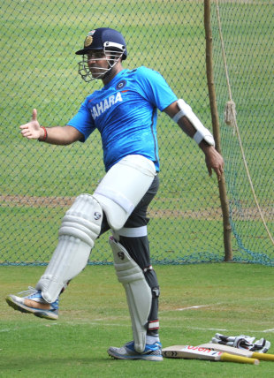 Virender Sehwag training before the 1st Test against Australia, India v Australia, M.Chinnaswamy Stadium, Bangalore, February 17, 2013