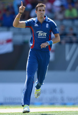 Steven Finn was unplayable and lead England to a resounding win in the final ODI