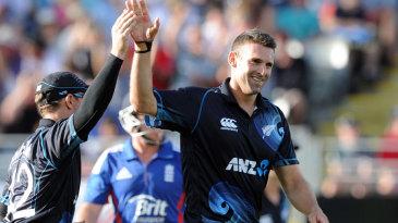 Andrew Ellis took two wickets