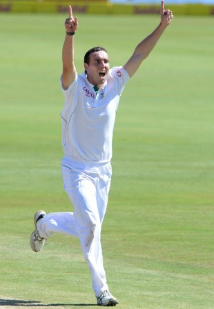 Kyle Abbott took seven wickets on debut, South Africa v Pakistan, 3rd Test, Centurion, 2nd day, February 23, 2013